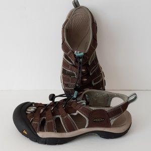 Keen sandals women's size 8
